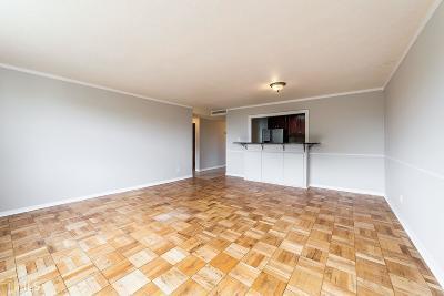 Slaton Manor Condo/Townhouse New: 2965 Pharr Court S #813