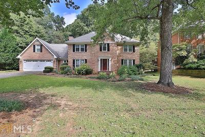 Single Family Home For Sale: 5673 Denton Cir