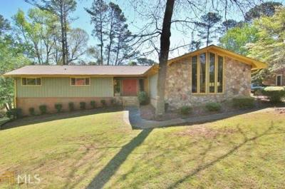 Conyers Single Family Home For Sale: 3780 SE Clubhouse Ln