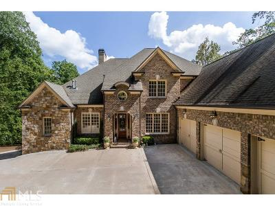 Roswell, Sandy Springs Single Family Home For Sale: 546 Londonberry Rd