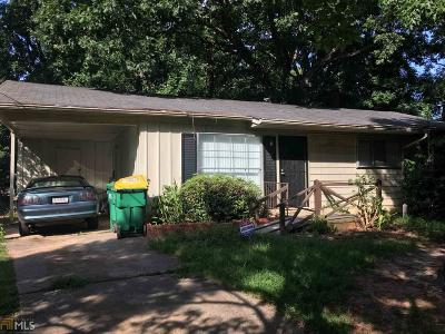 Clayton County Single Family Home Under Contract: 868 Kennesaw Dr