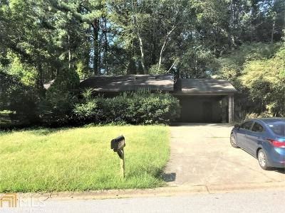 Douglas County Single Family Home Under Contract: 1813 Oriole Trl