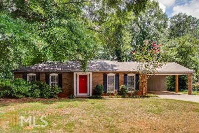 Roswell Single Family Home Under Contract: 255 Willow Springs Dr