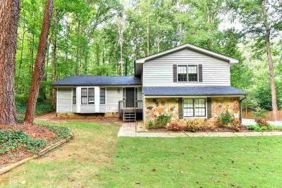 Lilburn Single Family Home Under Contract: 1717 Fox Holw