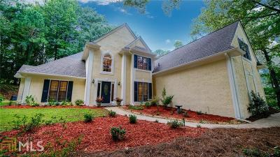 Roswell Single Family Home Back On Market: 1215 Waterford