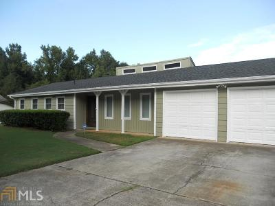 Conyers Single Family Home Back On Market: 3476 Creekwood Dr