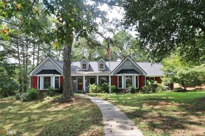Conyers Single Family Home Under Contract: 3911 Carriage Ln