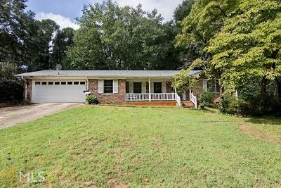 Lilburn Single Family Home For Sale: 4847 Alpine Dr