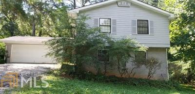 College Park Single Family Home Under Contract: 110 Feldwood Pines St