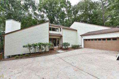 Alpharetta Single Family Home For Sale: 355 Spyglass