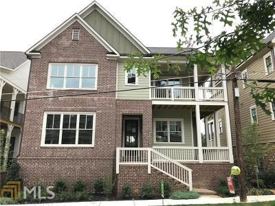Marietta Single Family Home New: 427 NE Silverbell Way