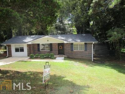 Douglasville Single Family Home For Sale: 6264 Lakeview Dr