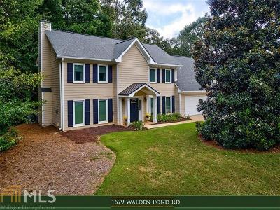 Suwanee Single Family Home For Sale: 1679 Walden Pond Rd