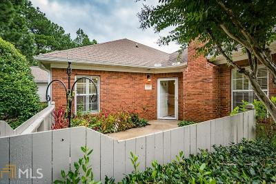 Kennesaw Condo/Townhouse For Sale: 3756 Vineyards Lake Cir