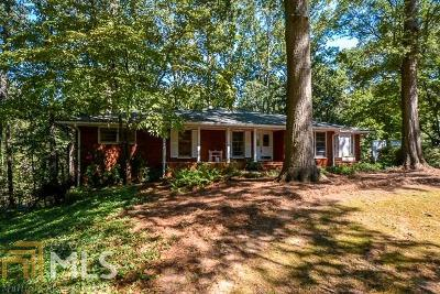 Fulton County Single Family Home New: 2019 English Ln