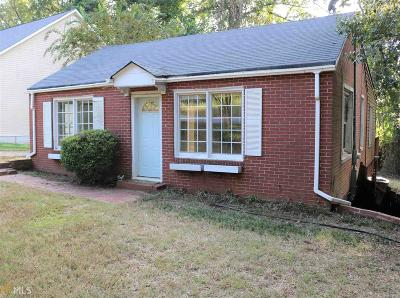 Carroll County Single Family Home For Sale: 636 N Cliff St