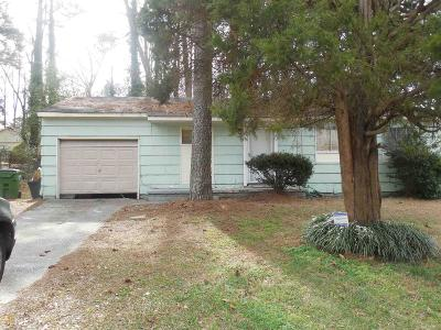 Clayton County Single Family Home New: 5993 Heatherwood Ln #1/2