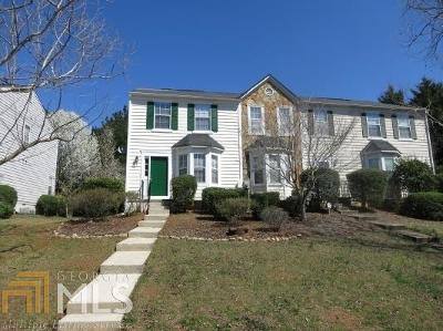 Roswell Condo/Townhouse Under Contract: 148 Willow Stream Ct