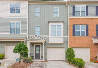 Kennesaw Condo/Townhouse For Sale: 1758 Oakbrook Ln #10