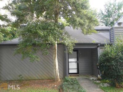 Marietta Condo/Townhouse Under Contract: 271 Pam Ln