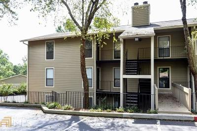 Roswell Condo/Townhouse For Sale: 701 River Mill Cir