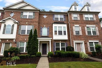 Kennesaw Condo/Townhouse Under Contract: 3316 Chastain Gardens Dr