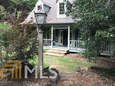 Clarkesville Single Family Home For Sale: 627 Old Burton Rd