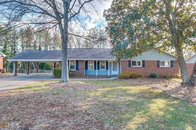 Roswell Single Family Home For Sale: 360 Crossville Ct