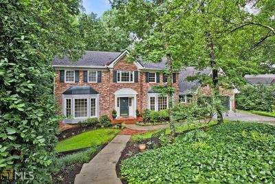 Roswell Single Family Home For Sale: 435 Millbank Pl