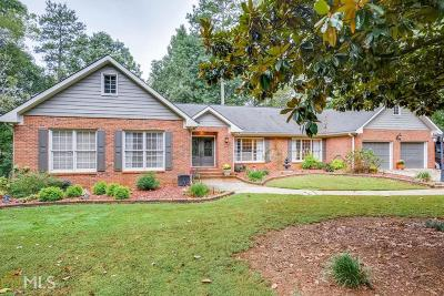 Roswell Single Family Home For Sale: 120 River Run