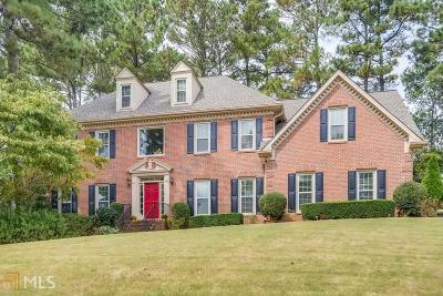 Johns Creek Single Family Home For Sale: 3300 Lord N Lady Ln