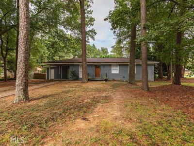 Norcross Single Family Home Under Contract: 867 Lancelot Dr