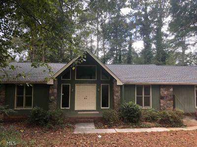 Lilburn Single Family Home For Sale: 1325 Killian Hill Rd