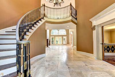 Roswell Single Family Home For Sale: 2115 River Falls Dr