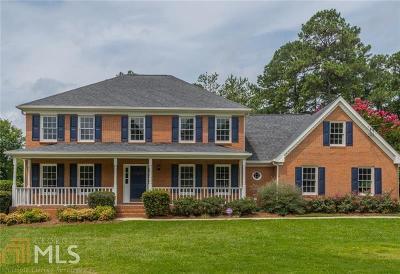 Snellville Single Family Home For Sale: 2490 Williamsdown Cir