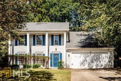 Johns Creek Single Family Home For Sale: 11595 Boxford Pl