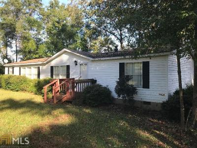 Monroe County Single Family Home For Sale: 463 Colvin Rd