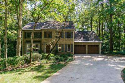 Roswell Single Family Home Under Contract: 3418 Smoke Hollow Pl