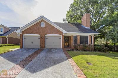 Stone Mountain Single Family Home For Sale: 1250 Hunters Dr
