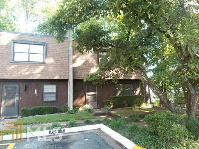 Marietta Condo/Townhouse For Sale: 749 Cedar Pointe Ct