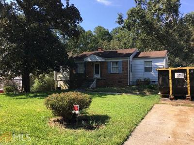 Atlanta Single Family Home For Sale: 2212 Clairmont Ter