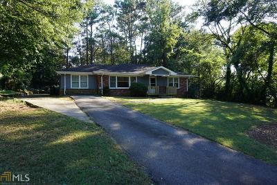 Roswell Single Family Home Under Contract: 415 Charles Pl