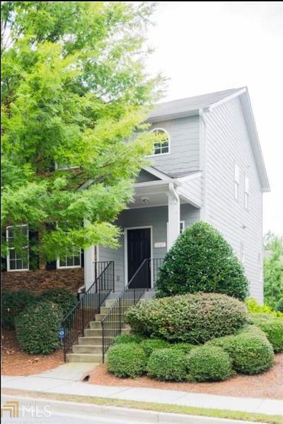 Smyrna Condo/Townhouse Under Contract: 5227 SE Whiteoak Ave