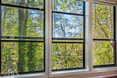 Condo/Townhouse Under Contract: 517 Park Ridge Cir