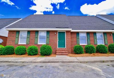 Statesboro Condo/Townhouse For Sale: 230 Lanier Dr #246