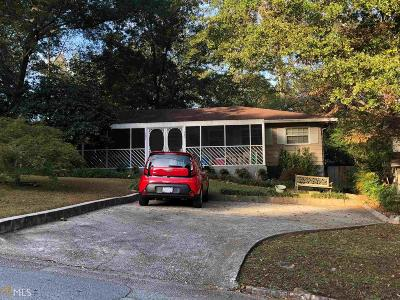 Dekalb County Multi Family Home Under Contract: 484 Clubhouse Dr