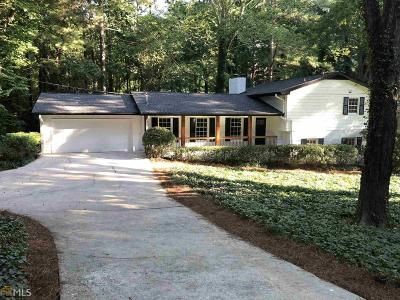 Sandy Springs Single Family Home For Sale: 360 Forest Valley Ct