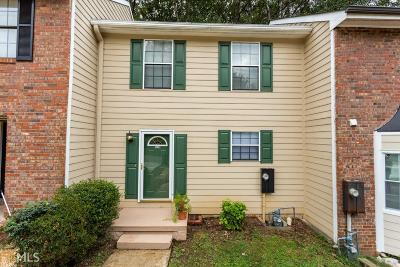 Kennesaw GA Condo/Townhouse Under Contract: $129,900