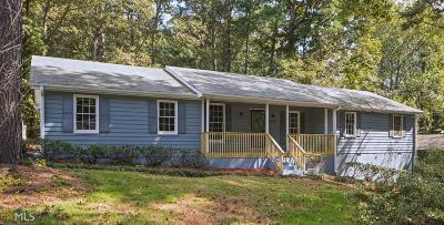 Snellville Single Family Home New: 3256 Village Glen