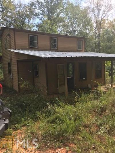 Martin Single Family Home For Sale: 106 Seminole Trl